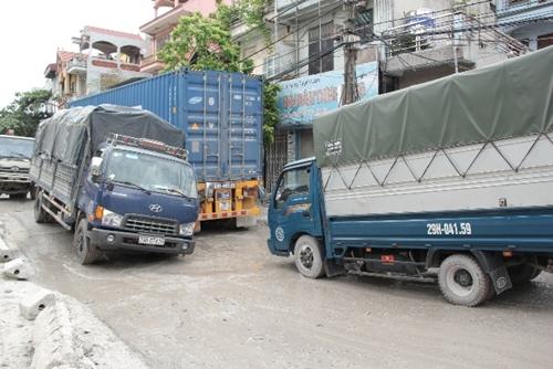 """Cần khắc phục con đường """"đau khổ"""" tại phố Keo"""