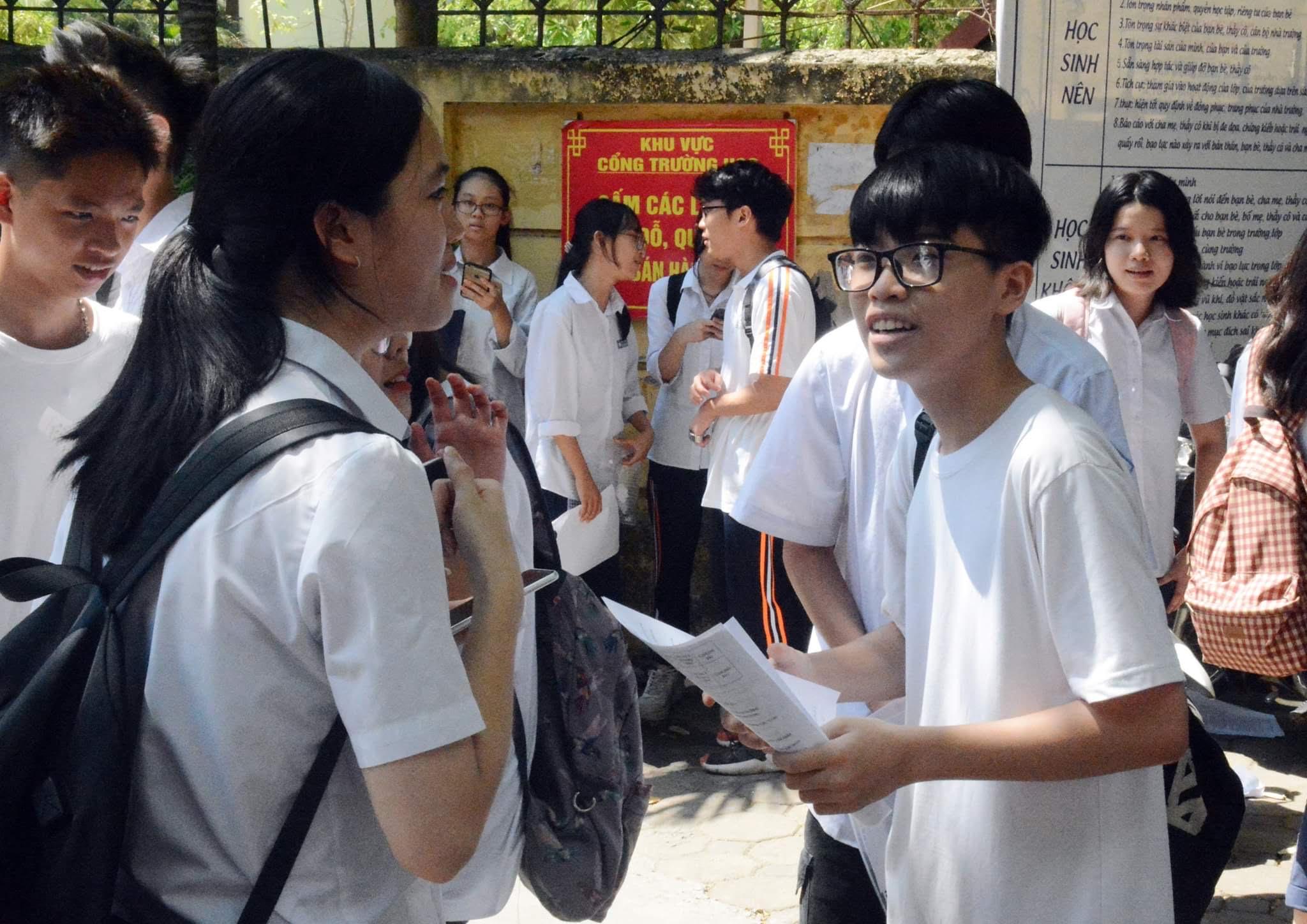 Hà Nội Thí sinh có thể đạt điểm khá đề Ngữ văn lớp 10