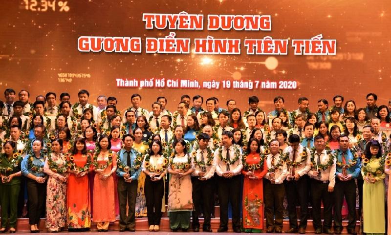 TP Hồ Chí Minh tuyên dương 212 điển hình trong công nhân, viên chức, lao động