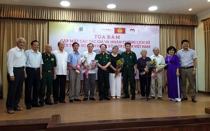 """Ra mắt bộ sách """"Nhật ký thời chiến Việt Nam"""""""