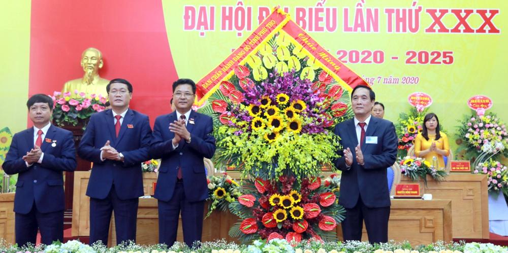 Quyết tâm cao xây dựng huyện Tam Nông ngày càng giàu đẹp, văn minh