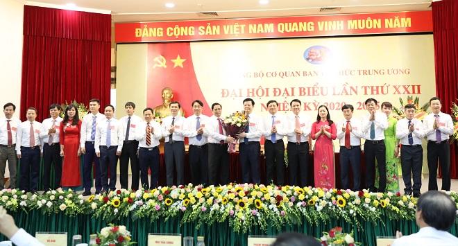 Đồng chí Mai Văn Chính được bầu giữ chức Bí thư Đảng uỷ cơ quan Ban Tổ chức Trung ương