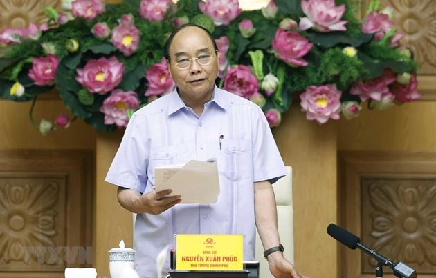 Thủ tướng Nguyễn Xuân Phúc chủ trì họp cơ cấu lại hệ thống các tổ chức tín dụng