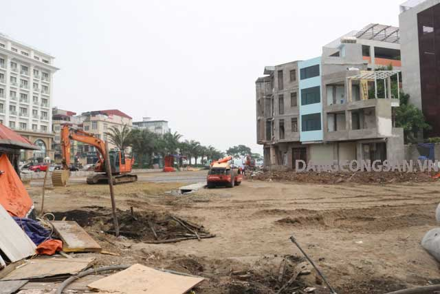 84 hộ dân thuộc Dự án đường Văn Cao - Hồ Tây bàn giao mặt bằng