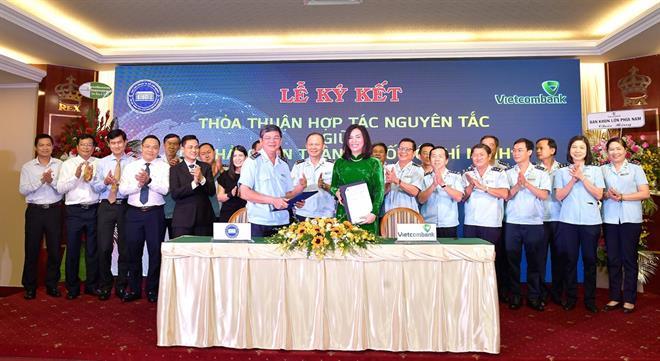 Vietcombank Sài Thành ký kết thỏa thuận hợp tác nguyên tắc với Cục Hải quan Thành phố Hồ Chí Minh