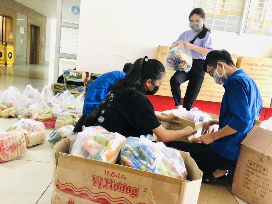 Đại học Đông Á lập quỹ hỗ trợ sinh viên phòng, chống COVID-19