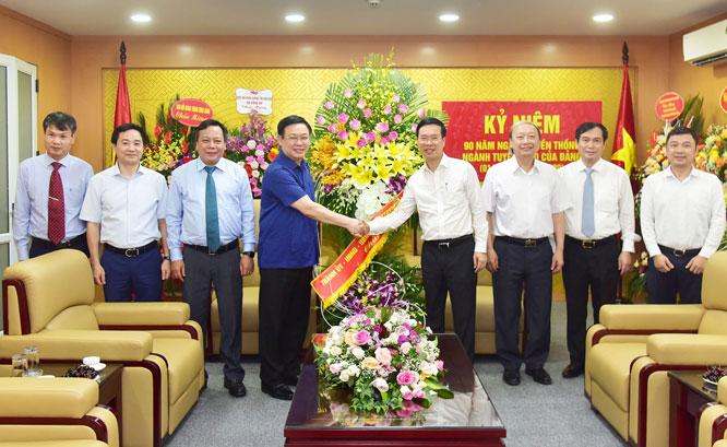 Bí thư Thành ủy Hà Nội chúc mừng Ngày truyền thống ngành Tuyên giáo của Đảng