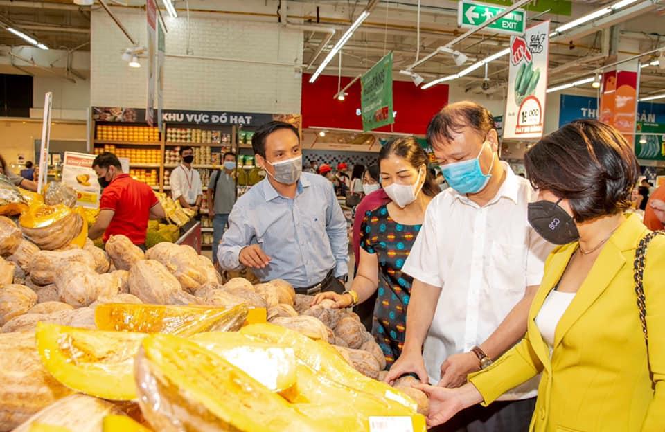 Bảo đảm cung ứng đủ hàng hóa phục vụ người dân