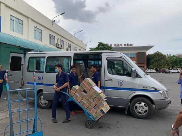 Đường sắt Việt Nam vận chuyển miễn phí trang thiết bị y tế tới vùng dịch COVID-19