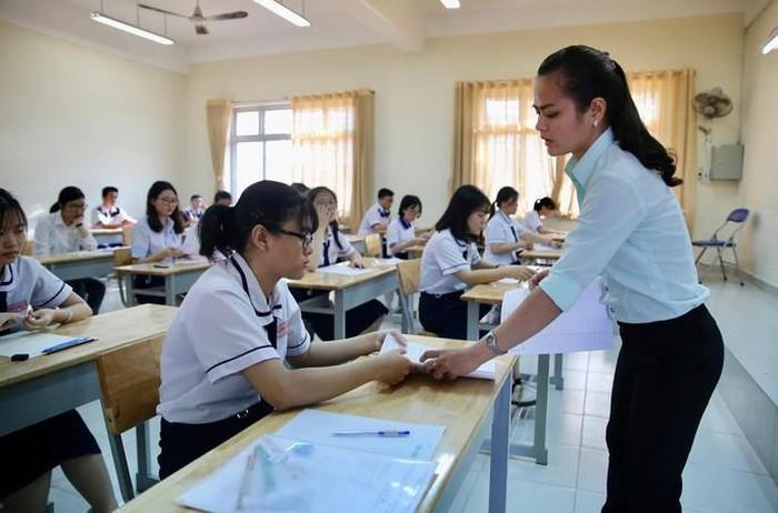 An Giang tạm ngưng các hoạt động tập trung học sinh, học viên