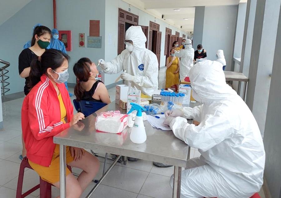 Lịch trình di chuyển của 2 bệnh nhân dương tính tại Quảng Nam