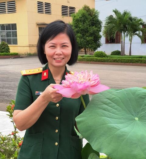 Bông hồng vàng nghị lực và đột phá