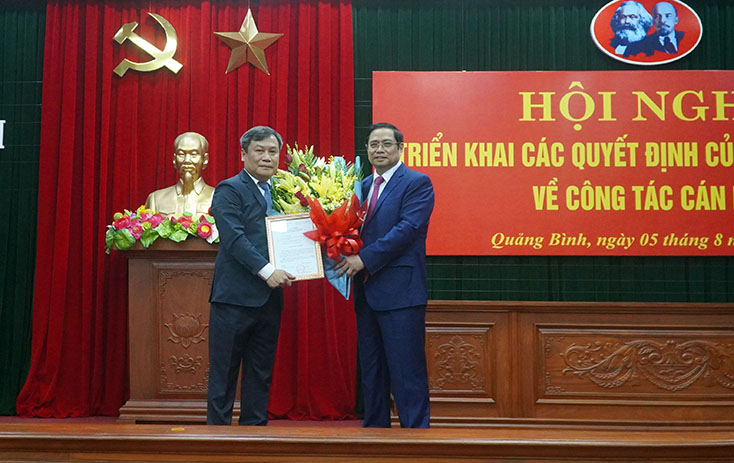 Bộ Chính trị điều động nhân sự Bí thư Tỉnh ủy Quảng Bình, Quảng Trị