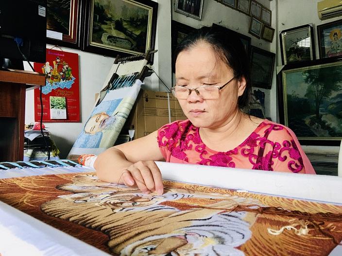 Nghệ nhân khuyết tật giúp người đồng cảnh thoát nghèo