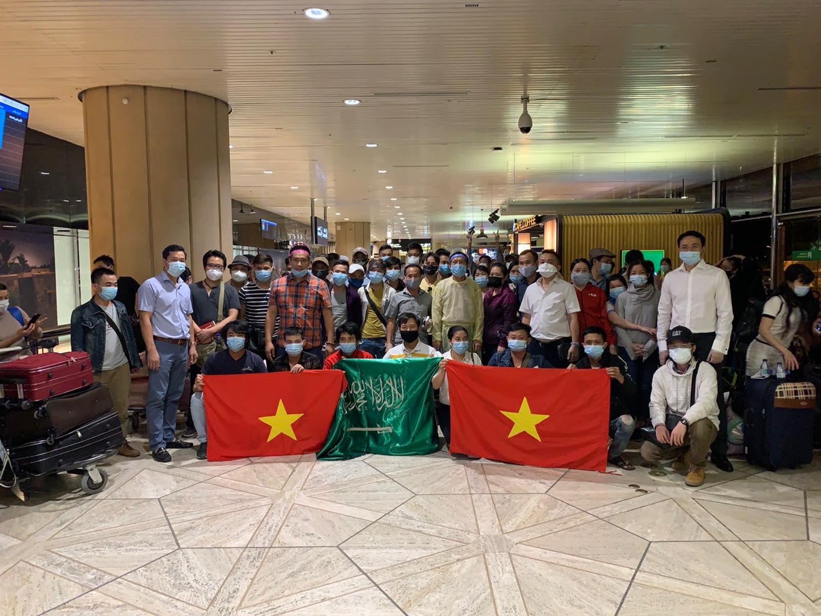 Đưa công dân Việt Nam từ Cộng hòa Síp và Ả-rập Xê-út về nước