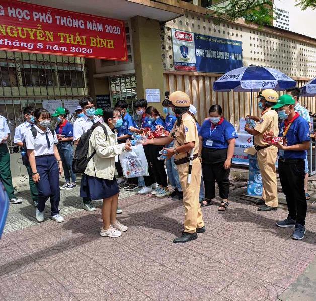 Tuổi trẻ ra quân đảm bảo an toàn giao thông kỳ thi THPT quốc gia 2020