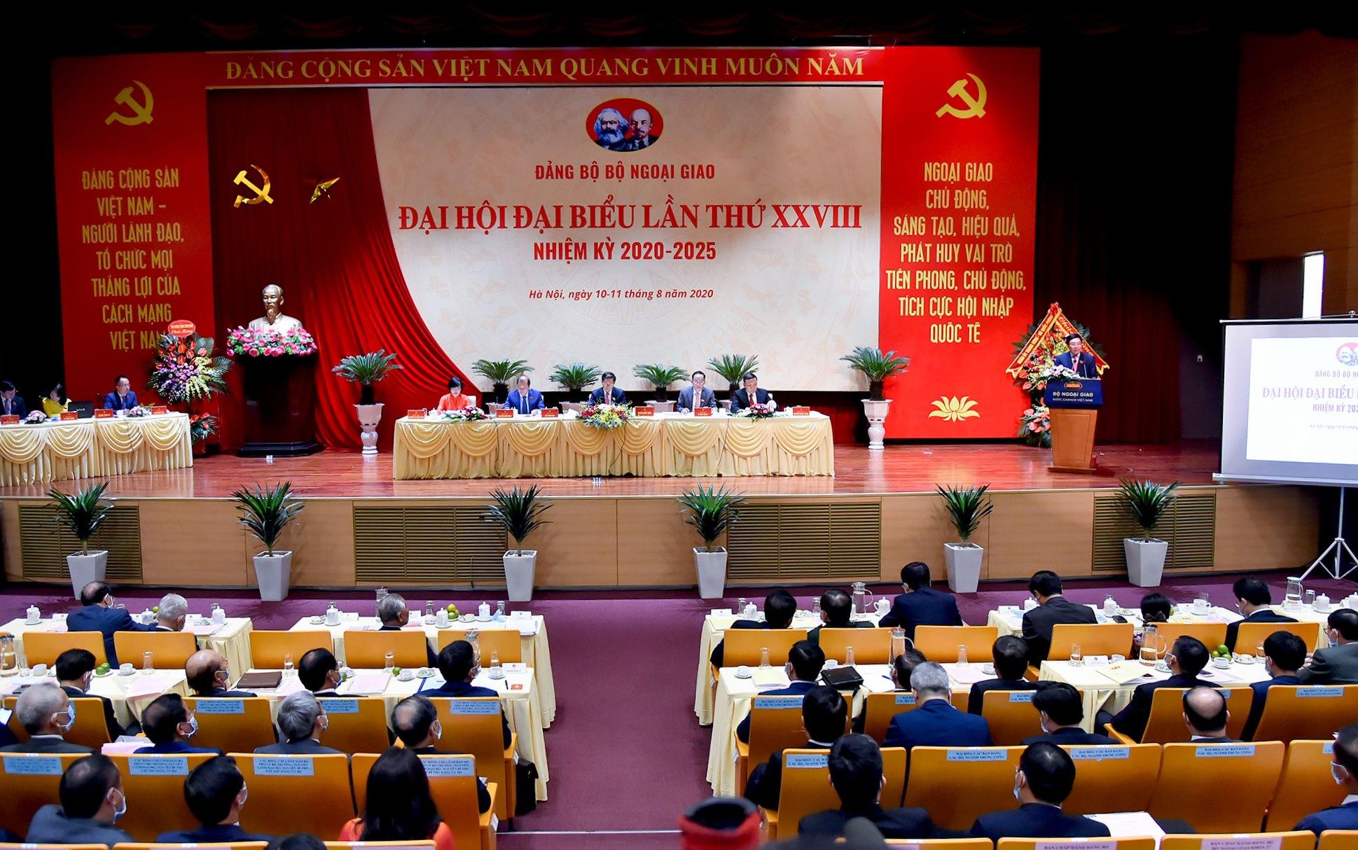 Phát huy vai trò tiên phong của đối ngoại trong việc giữ vững môi trường hòa bình, ổn định