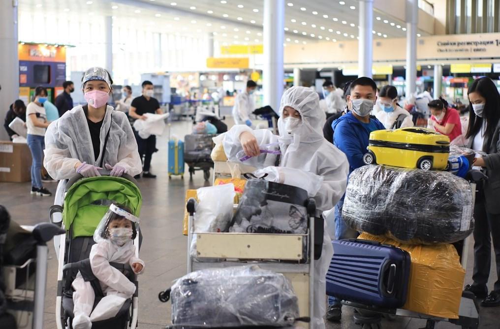 Đưa công dân Việt Nam từ LB Nga về nước