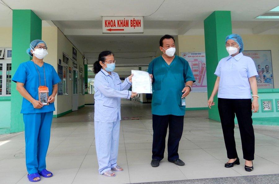 Bệnh nhân thứ 5 nhiễm SARS-CoV-2 tại Đà Nẵng xuất viện
