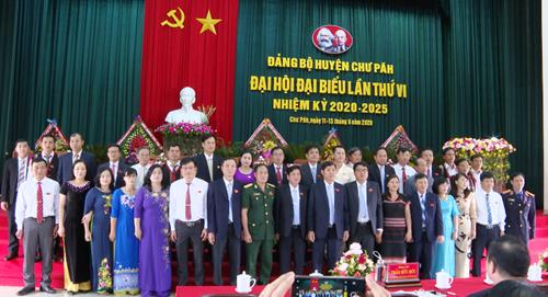 Đồng chí Trần Minh Sơn được bầu giữ chức Bí thư Huyện ủy Chư Păh