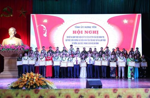 Hưng Yên Lan tỏa những tấm gương học tập và làm theo tư tưởng, đạo đức, phong cách Hồ Chí Minh