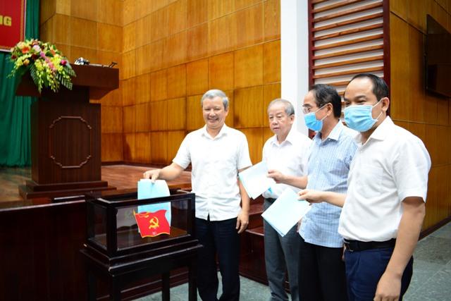 Thừa Thiên Huế Giới thiệu 2 nhân sự tham gia BCH Trung ương Đảng khoá XIII