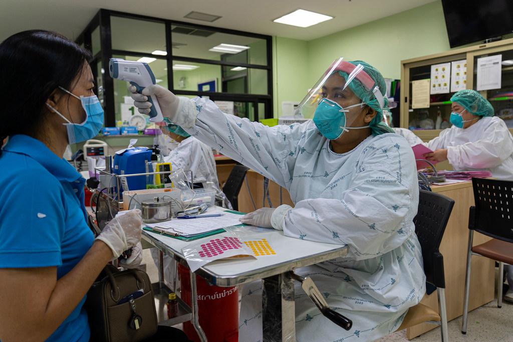 WHO Thế giới phải chi ít nhất 100 tỷ USD cho các công cụ mới chống COVID-19