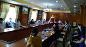 Thực hiện Chỉ thị 05 gắn với trách nhiệm nêu gương ở Đảng bộ tại Lào