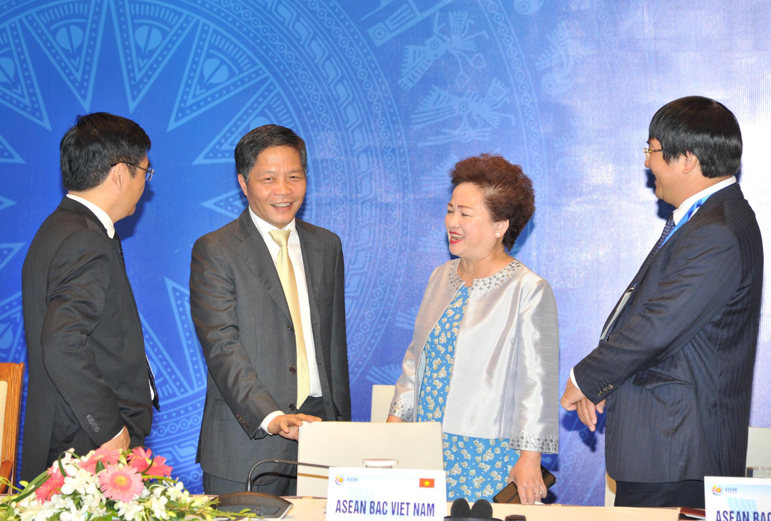 ASEAN tăng cường phối hợp ứng phó với tác động của dịch COVID-19