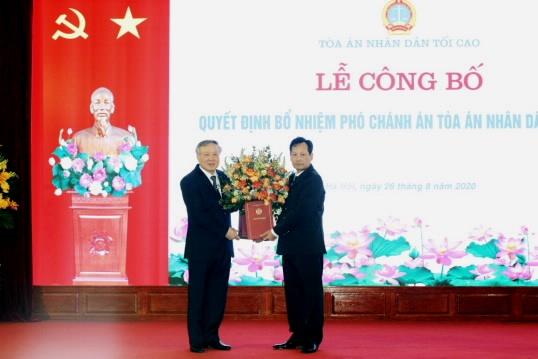 Bổ nhiệm chức vụ Phó Chánh án Tòa án nhân dân tối cao đối với đồng chí Nguyễn Văn Tiến