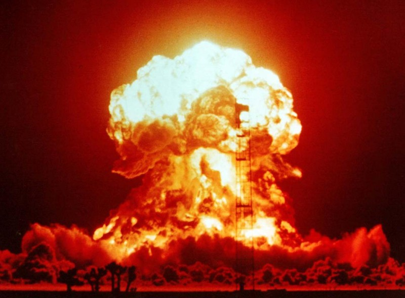 Thúc đẩy cam kết chính trị vì một thế giới không còn vũ khí hạt nhân