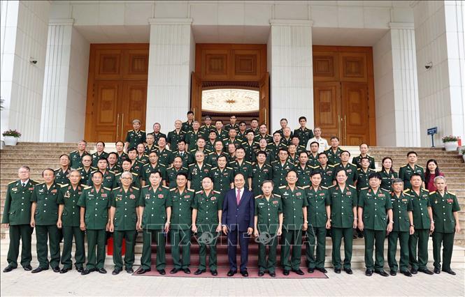Thủ tướng Nguyễn Xuân Phúc tiếp Đoàn đại biểu tướng lĩnh, sỹ quan Cục Tác chiến