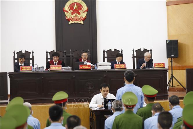 Xét xử vụ án tại Đồng Tâm Nhóm bị cáo chống người thi hành công vụ thừa nhận hành vi phạm tội