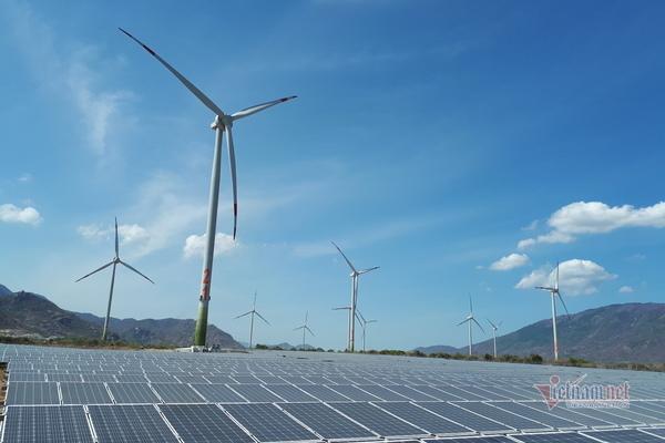 Bổ sung các nguồn điện gió, điện mặt trời vào vận hành giai đoạn 2021-2025