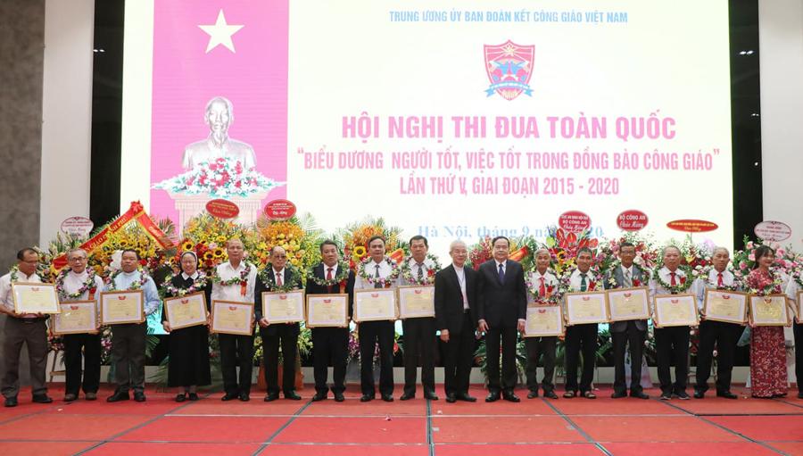 Lan tỏa phong trào thi đua yêu nước trong đồng bào Công giáo Việt Nam