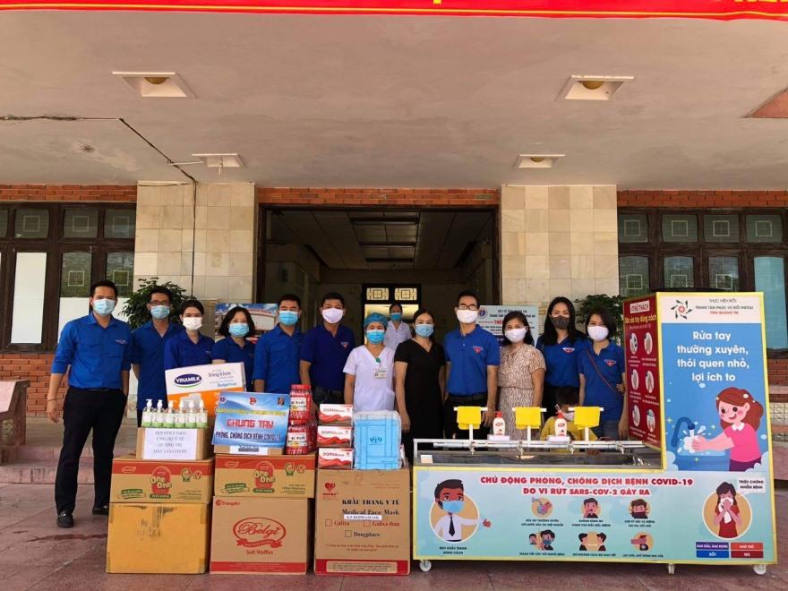Đoàn Thanh niên Agribank Quảng Trị chung tay phòng chống dịch COVID-19