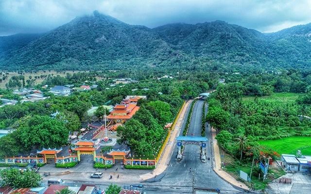 An Giang Điểm sáng khu vực Đồng bằng sông Cửu Long