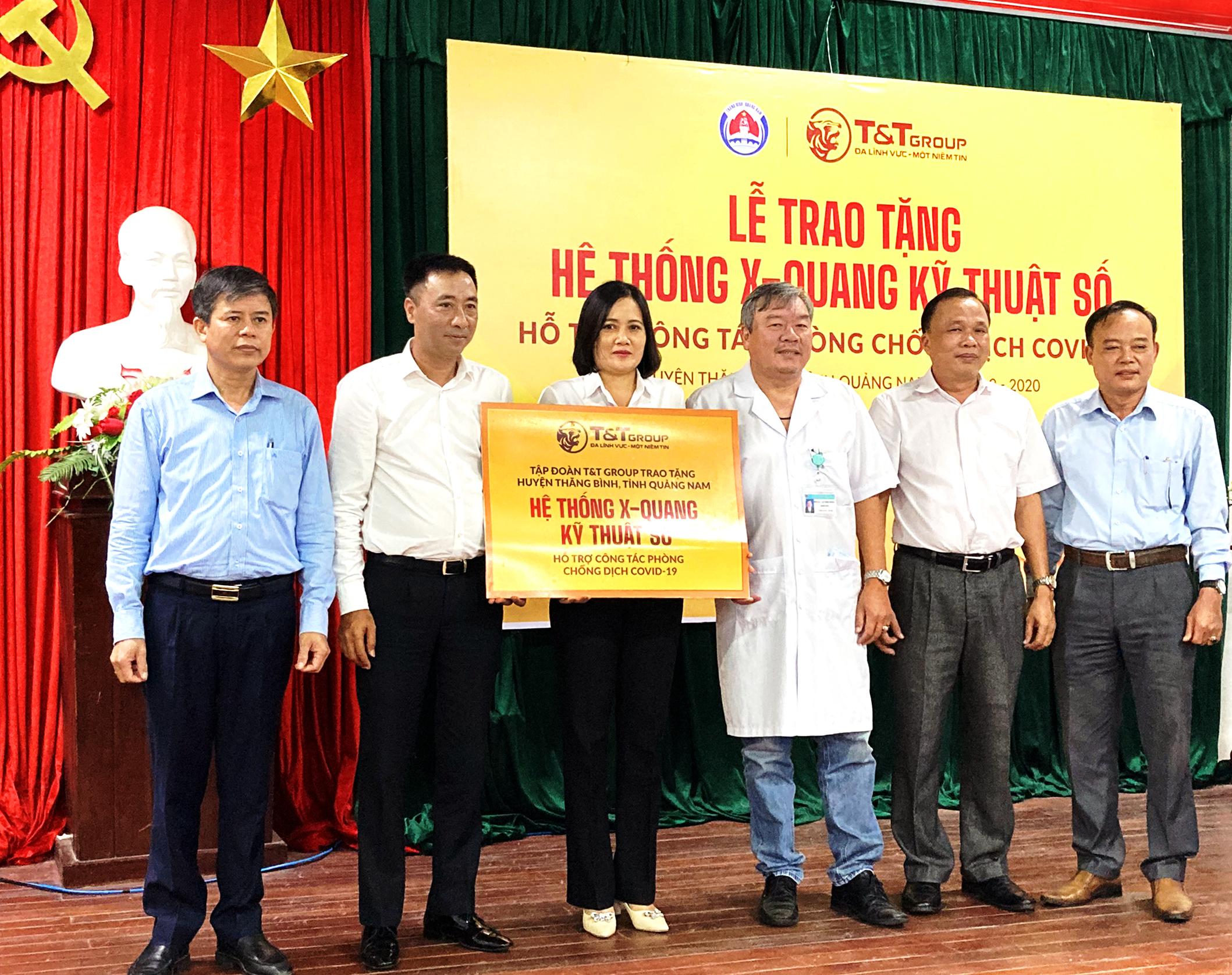 Tập đoàn T T Group trao tặng hệ thống X-Quang kỹ thuật số  hỗ trợ cho huyện Thăng Bình tỉnh Quảng Nam phòng chống dịch COVID-19  