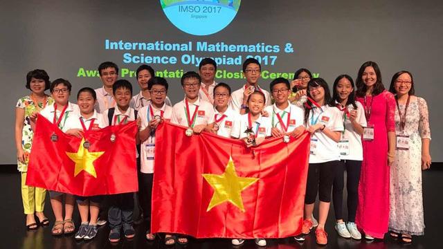 Thưởng đến 55 triệu đồng cho học sinh, sinh viên đoạt giải quốc tế
