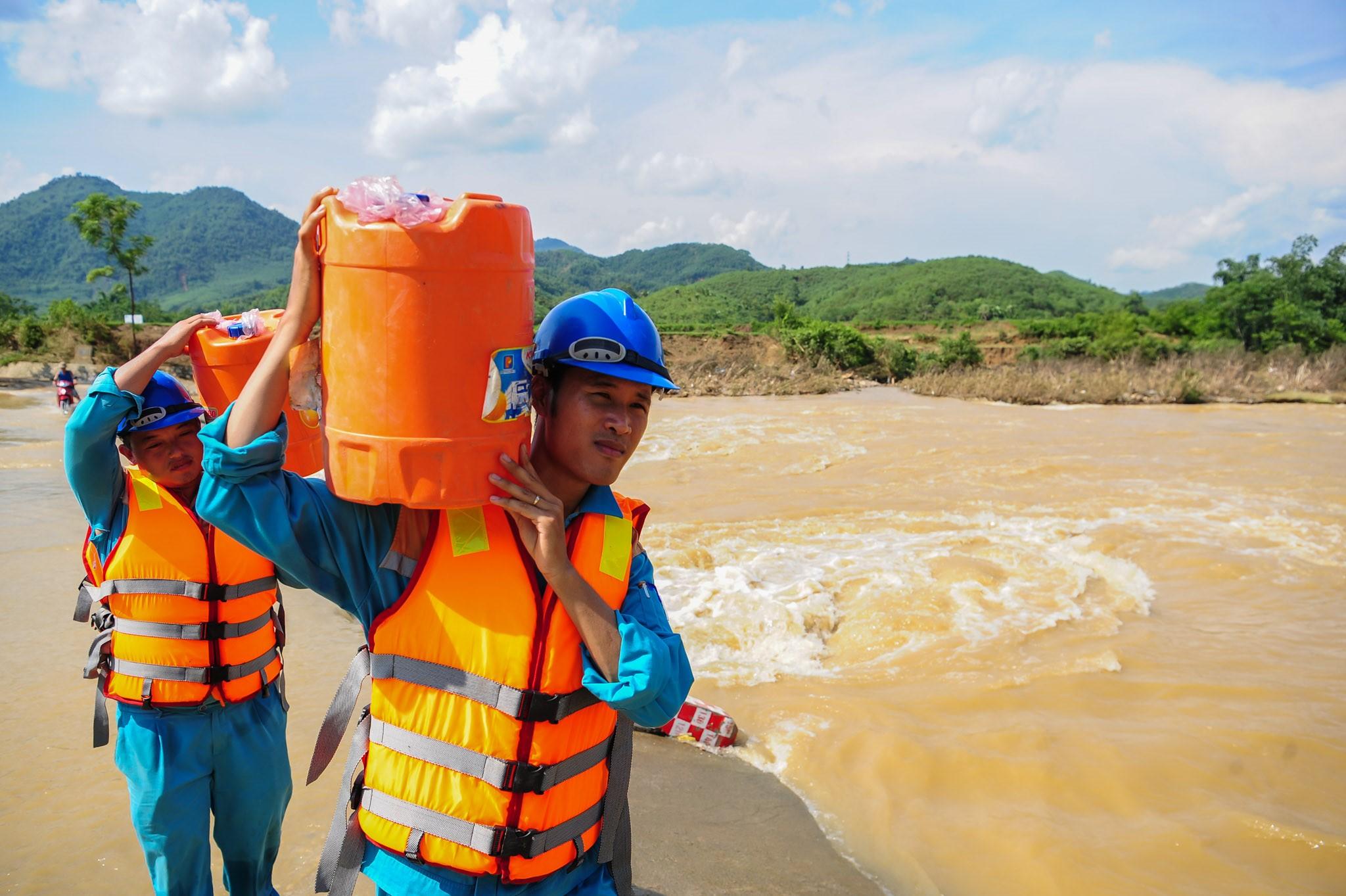 Viettel huy động 1 500 nhân sự kỹ thuật ứng phó với bão số 5