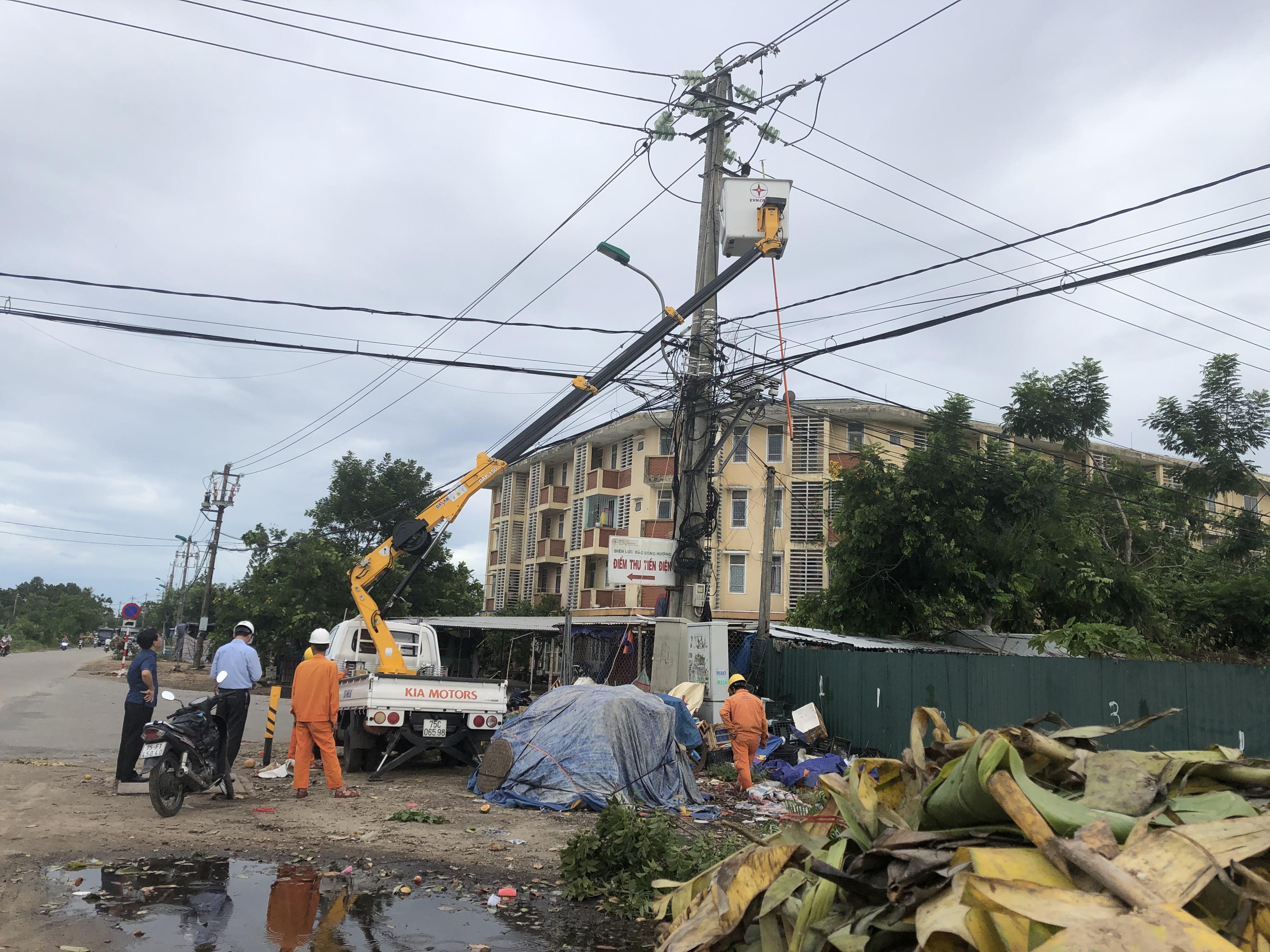 Tình hình khắc phục hậu quả cơn bão số 5
