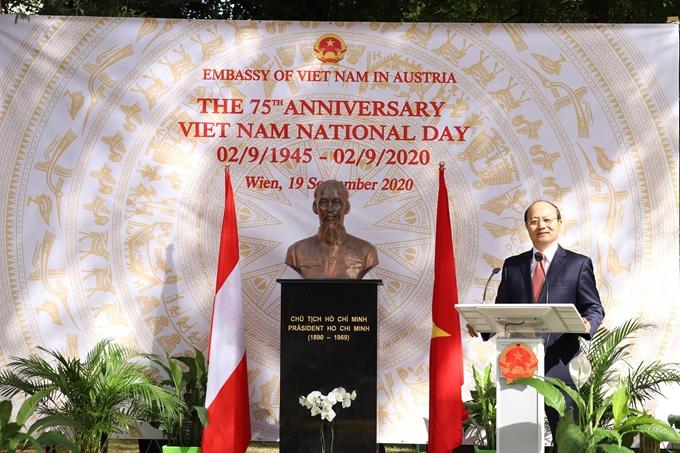Kỷ niệm 75 năm Quốc khánh nước CHXHCN Việt Nam tại Áo