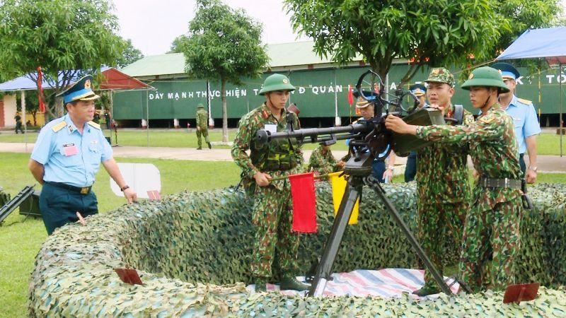 Hội thi Đại đội trưởng pháo phòng không, súng máy phòng không toàn quân