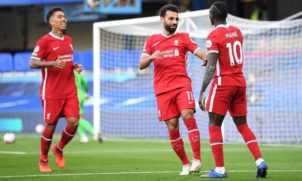 Liverpool trừng phạt Chelsea ngay tại London