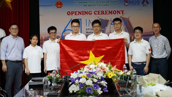Olympic Toán quốc tế 6 thành viên Việt Nam tranh tài