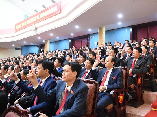 Hà Nam phấn đấu đạt mức phát triển khá của vùng Đồng bằng Bắc Bộ