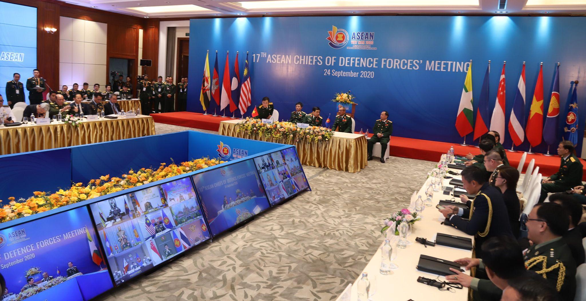 Tăng cường sức mạnh đoàn kết quân đội các nước ASEAN
