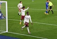 Arsenal tiếp tục gây ấn tượng tại Carabao Cup