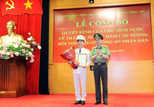 Thăng cấp bậc hàm Trung tướng đối với Thứ trưởng Bộ Công an Trần Quốc Tỏ