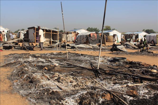Nigeria Đoàn xe chở Thủ hiến bang Borno bị phục kích, 30 nhân viên an ninh thiệt mạng